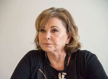 Roseanne barr back to twitter