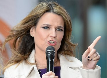 Savannah guthrie addresses pregnancy rumors