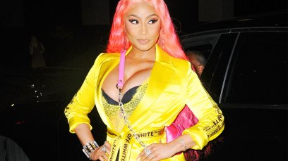 Nicki Minaj NYFW Yellow Dress Pink Wig