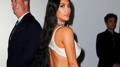 Kim Kardashian nipples topless photo kkw beauty