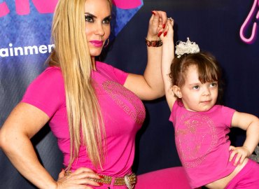Coco austin daughter Chanel red carpet pink outfits