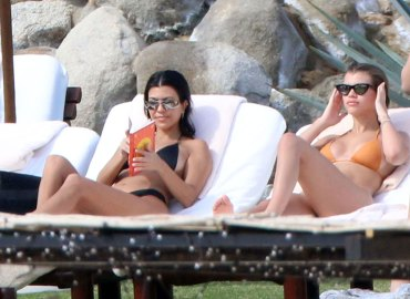 Kourtney kardashian bikini sofia richie scott disick mexico vacation