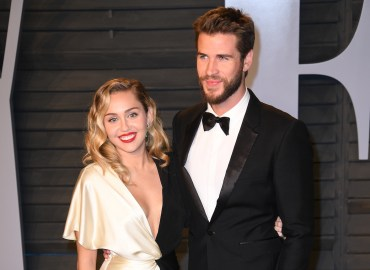 Miley cyrus liam hemsworth secret wedding photos