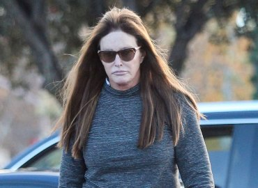 Caitlyn Jenner no makeup photos downcast coffee