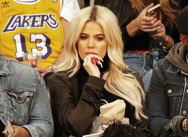 Khloe kardashian instagram nervous breakdown tristan baby true photos