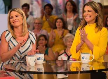 Savannah guthrie jenna bush hager daughters pajama party