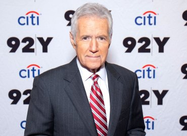 Alex trebek filming jeopardy pancreatic cancer stage 4