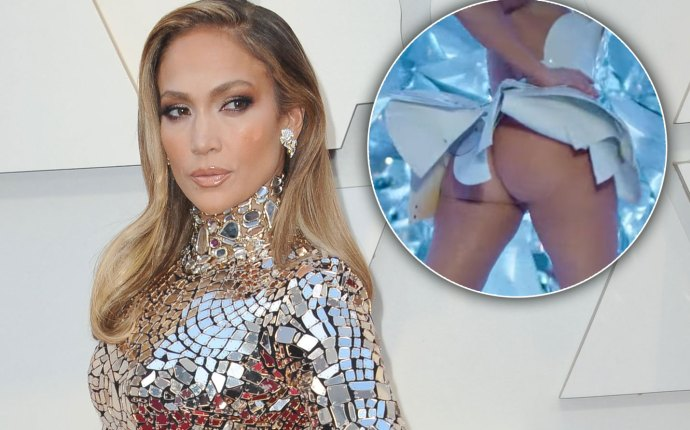Jennifer lopez butt naked medicine music video
