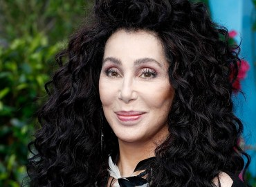 Cher Dreamt Of Fame As A Teen, Was Crippled By Her Insecurities