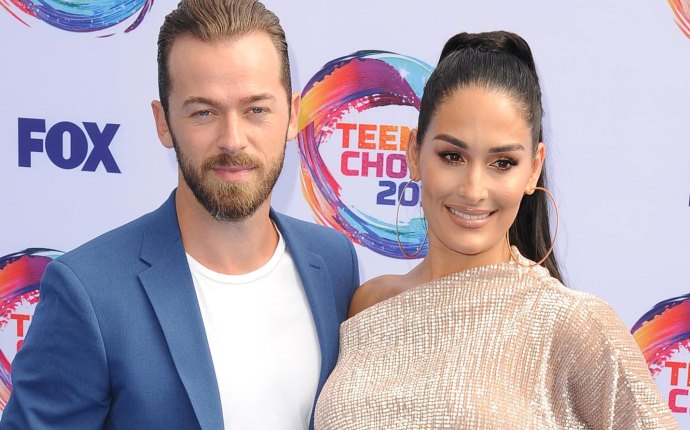 -PICTURED: Nikki Bella, Artem Chigvintsev