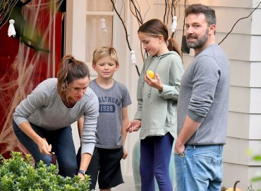 Ben Affleck, Jennifer Garner, Seraphina and Samuel