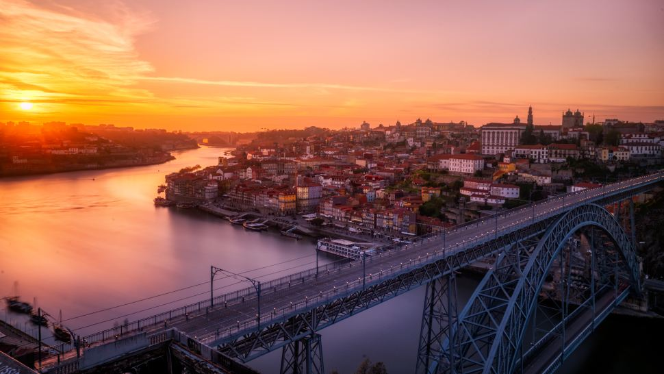 Maddie McCann Wallpaper: Flipboard: Cheap And Deep: Penny-Pinching In Porto, Portugal