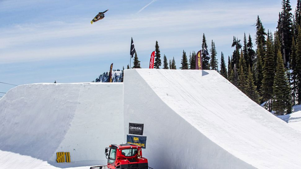 From Rookie to Veteran: Pat Moore Reflects on SNOWBOARDER Magazine's Superpark