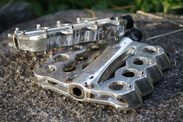 Speedplay Brass Knuckles Flat Pedals Review