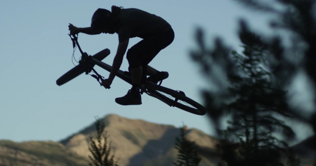 Matt Miles Rides the Stumpjumper EVO