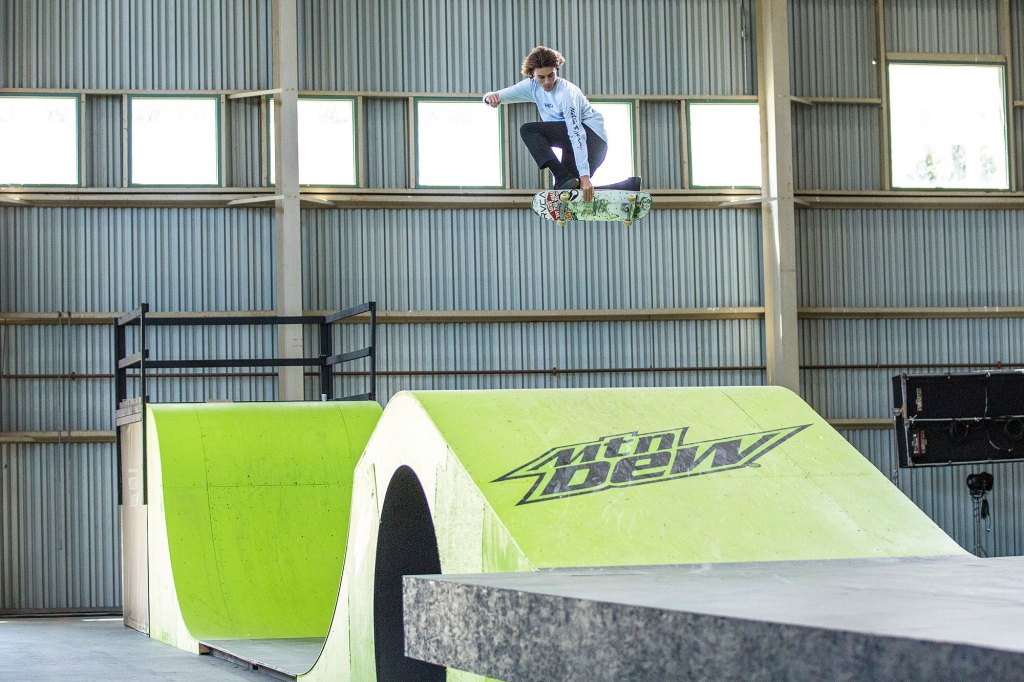 Exclusive Behind the Scenes Photos from MNT DEW Modern Lines Video Shoot