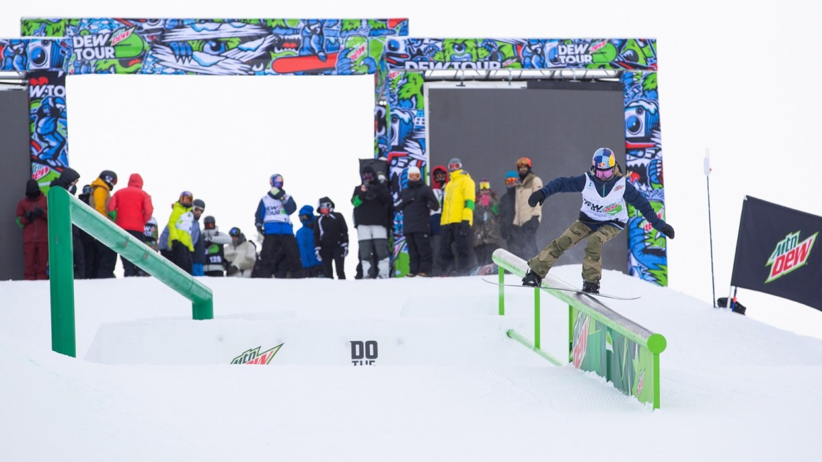 Day One Snowboard Practice Photos | Dew Tour Copper 2020