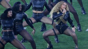 Beyonce too far featured