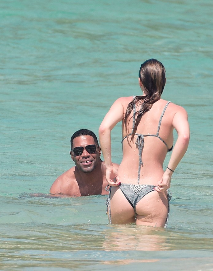 Michael Strahan Vacations With Jailbird Lover National