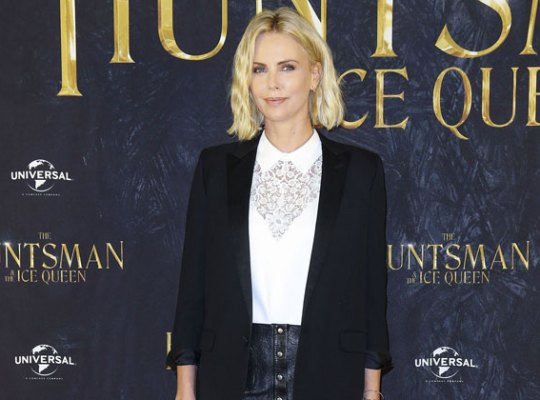 Charlize Theron Smoker — She Quit Cigarettes But Smokes Cuban Cigars