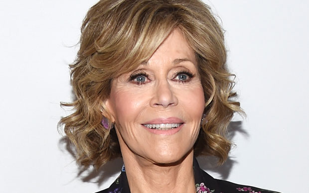 Jane Fonda New Hairstyle Tiff 2016 Actress Looks Half Her Age In Cly Pantsuit