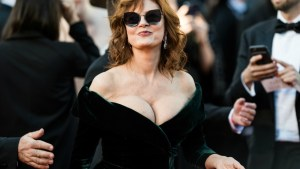 Susan Sarandon: Still Sizzling At 70 thumbnail