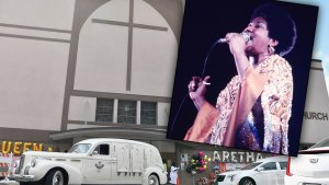 Aretha franklin death funeral tributes 1