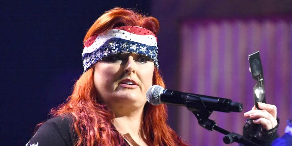 Wynonna judd gay rumors claims