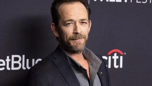 '90210' Star Luke Perry Suffers Stroke