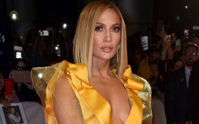 Jennifer Lopez in Yellow Gown