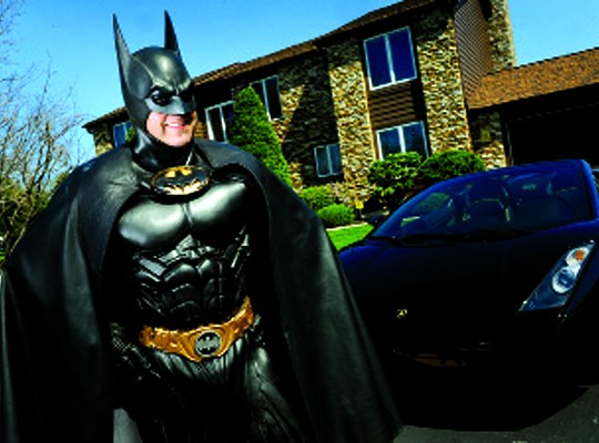 REAL LIFE BATMAN FIGHTS TO HELP SICK KIDS! thumbnail