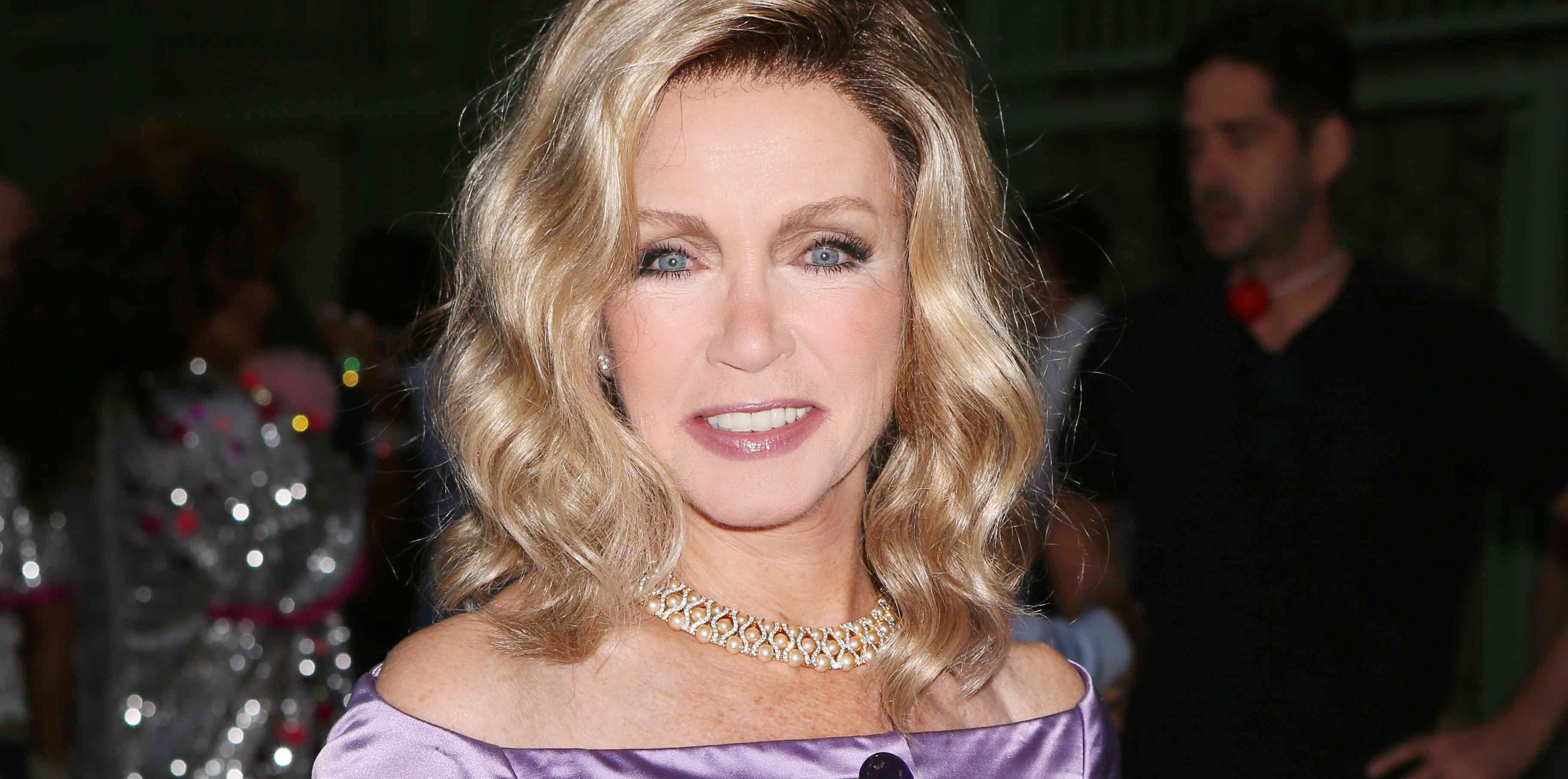 The answer Donna mills very hot