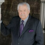 Actor John  Aniston